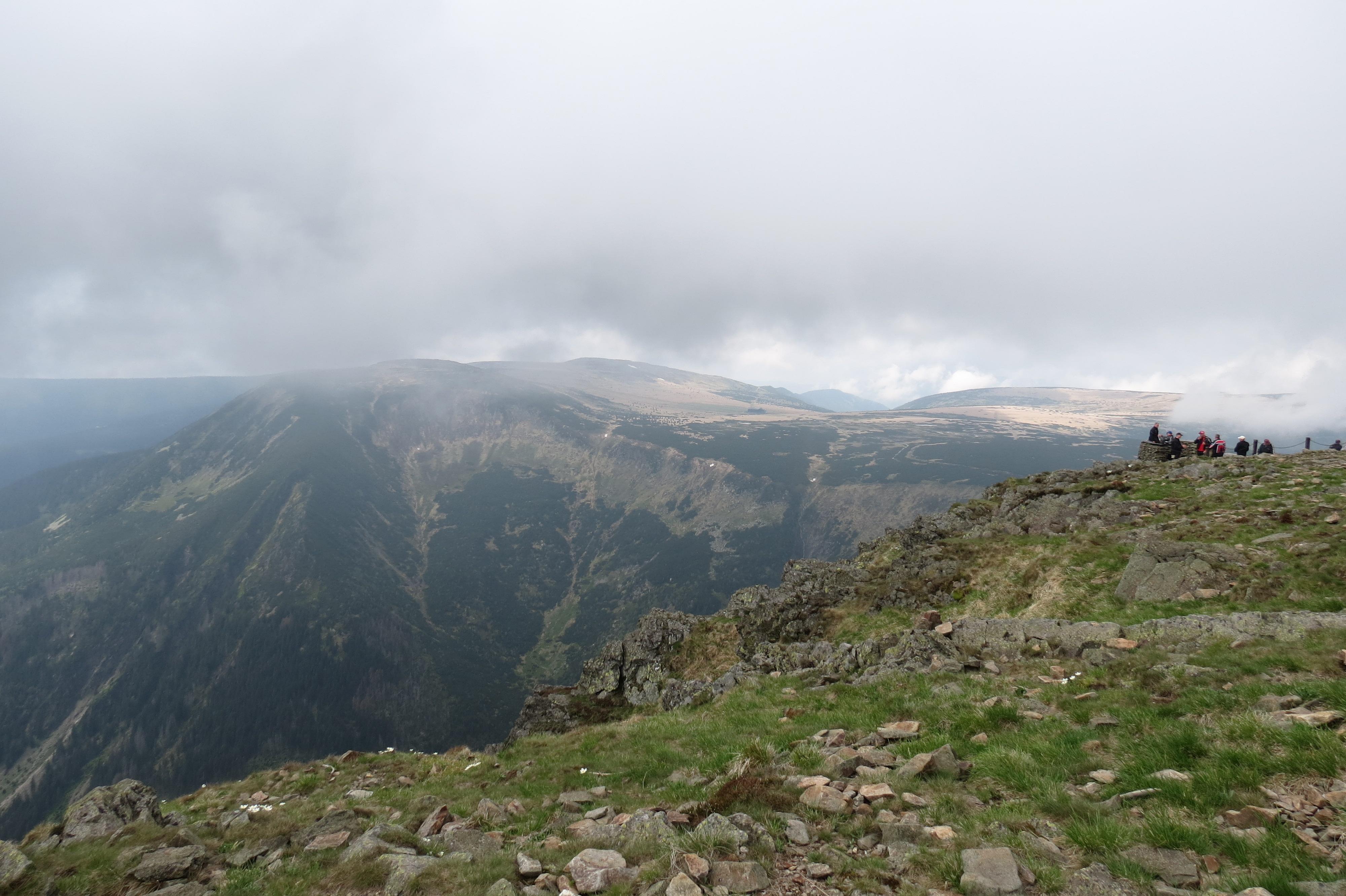 Skats no Šņežkas virsotnes (foto: I.Strautnieks)